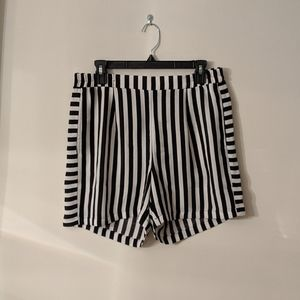 ICHI Striped Shorts